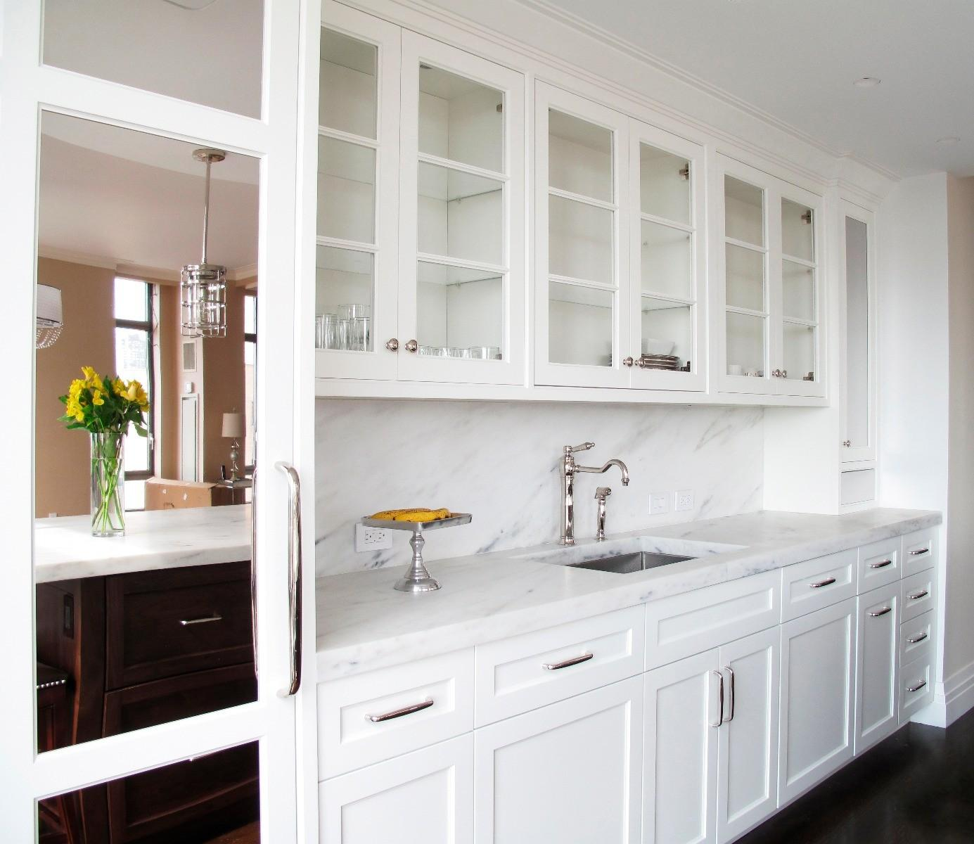 White Cabinets With Brown Glaze: Uptown White Kitchen Cabinets Album Gallery
